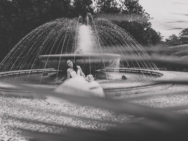 Il matrimonio di Lorenzo e Valentina a Senago, Milano 22
