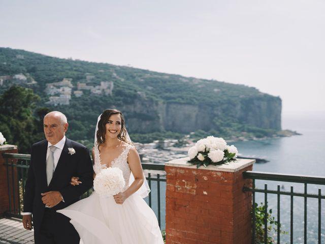 Il matrimonio di Matteo e Giuny a Sorrento, Napoli 22