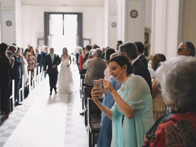 Il matrimonio di Matteo e Giuny a Sorrento, Napoli 23