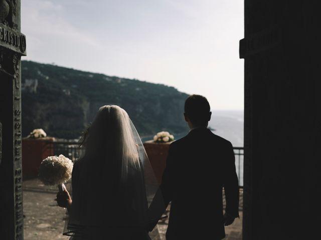 Il matrimonio di Matteo e Giuny a Sorrento, Napoli 26