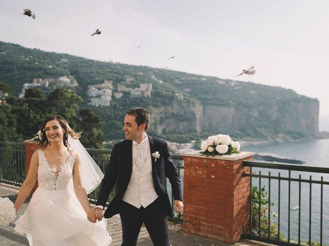 Il matrimonio di Matteo e Giuny a Sorrento, Napoli 27