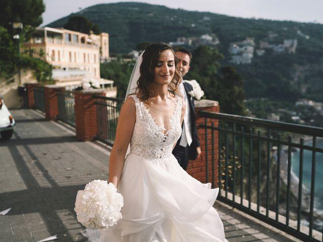 Il matrimonio di Matteo e Giuny a Sorrento, Napoli 29