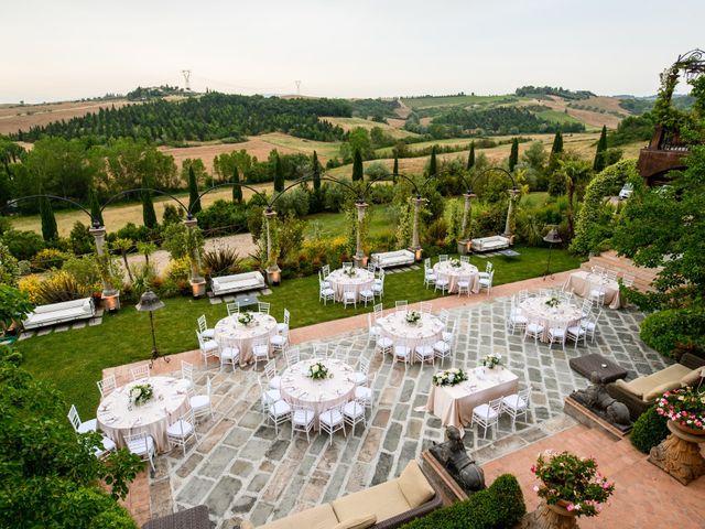 Il matrimonio di Gianluca e Letizia a Montespertoli, Firenze 45