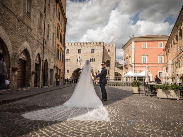 Il matrimonio di Claude  e Alessia a Fabriano, Ancona 18