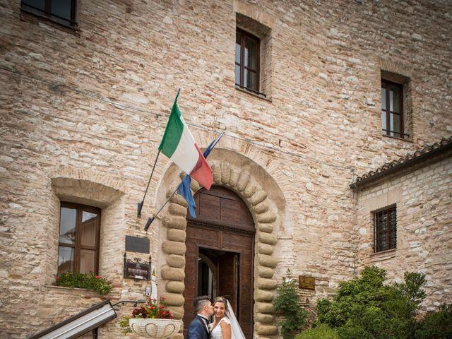 Il matrimonio di Claude  e Alessia a Fabriano, Ancona 21