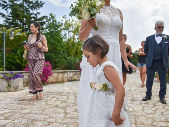 Il matrimonio di Rosamaria e Matteo a Cisternino, Brindisi 8