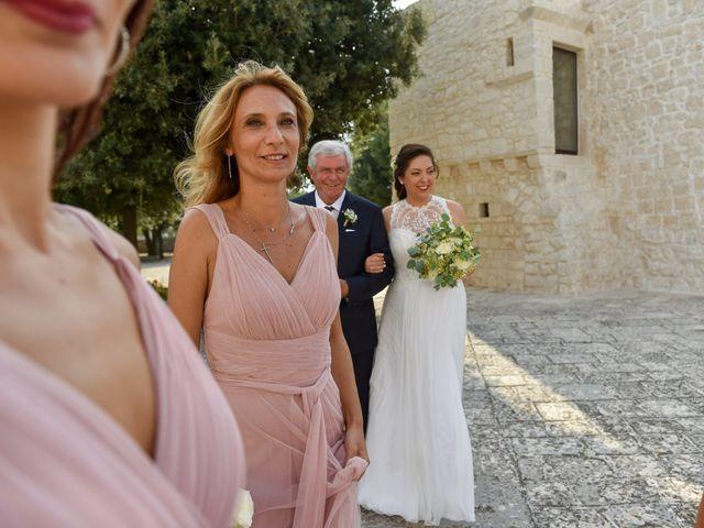 Il matrimonio di Rosamaria e Matteo a Cisternino, Brindisi 13