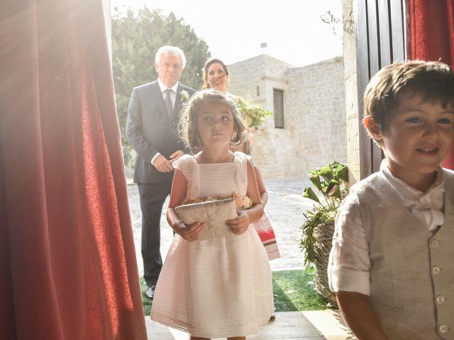 Il matrimonio di Rosamaria e Matteo a Cisternino, Brindisi 14