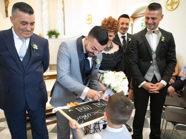 Il matrimonio di Roberta e Raffaele a Chiaramonte Gulfi, Ragusa 27