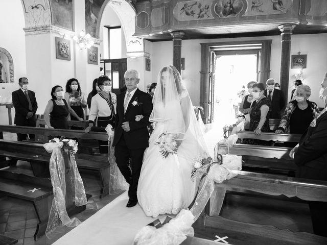 Il matrimonio di Damiano e Ilenia a Roccadaspide, Salerno 21