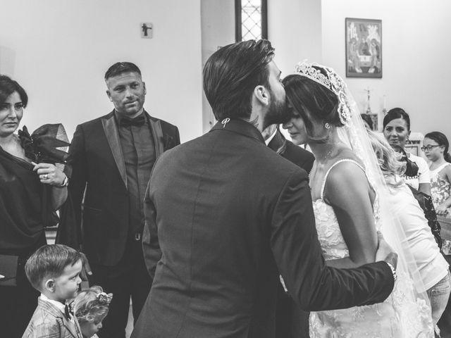 Il matrimonio di Genny e Tonia a Pozzuoli, Napoli 14