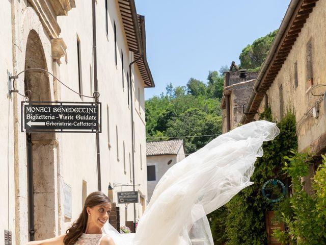 Il matrimonio di Edemondo e Lucija a Castelnuovo di Farfa, Rieti 9