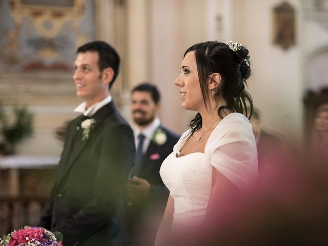 Il matrimonio di Giovanni e Lidia a Cadelbosco di Sopra, Reggio Emilia 32