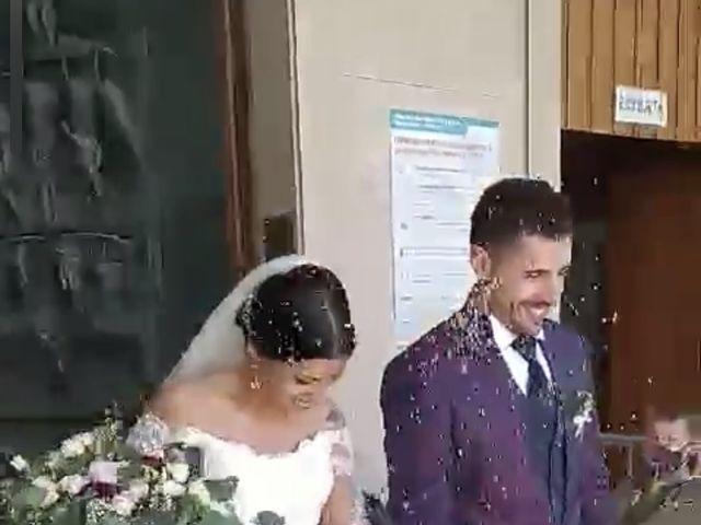Il matrimonio di Marco e Mariapaola  a San Benedetto del Tronto, Ascoli Piceno 10
