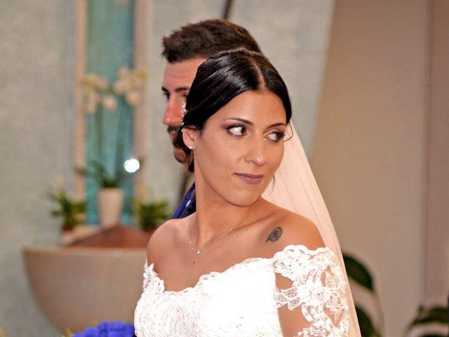 Il matrimonio di Marco e Mariapaola  a San Benedetto del Tronto, Ascoli Piceno 18