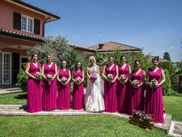 Il matrimonio di Tony e Soraya a Fenegrò, Como 32