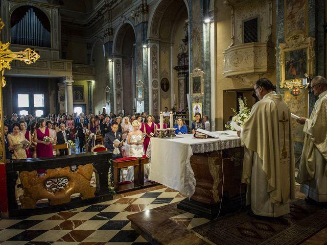 Il matrimonio di Tony e Soraya a Fenegrò, Como 43