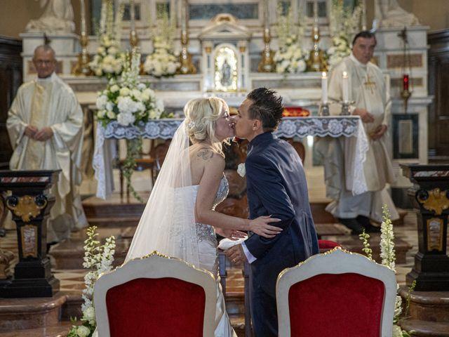 Il matrimonio di Tony e Soraya a Fenegrò, Como 55