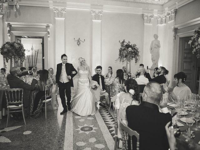 Il matrimonio di Tony e Soraya a Fenegrò, Como 77