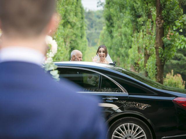 Il matrimonio di Alberto e Sara a Vergiate, Varese 14