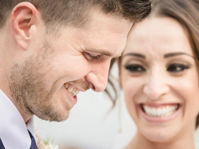 Il matrimonio di Alberto e Sara a Vergiate, Varese 16