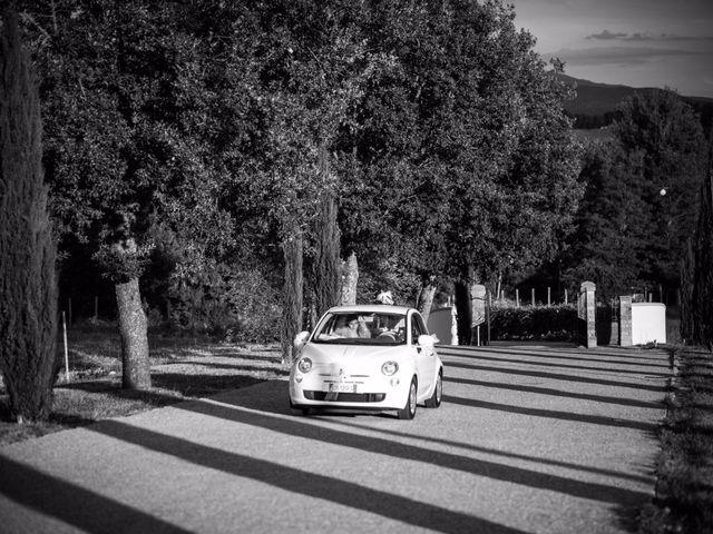 Il matrimonio di Damiano e Elena a Poppi, Arezzo 14