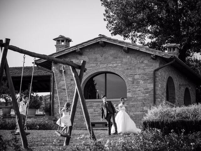 Il matrimonio di Damiano e Elena a Poppi, Arezzo 15