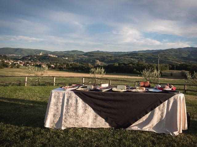 Il matrimonio di Damiano e Elena a Poppi, Arezzo 17