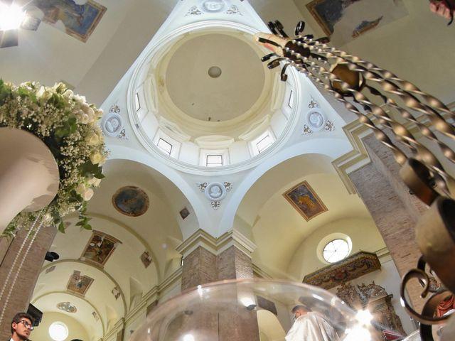 Il matrimonio di Enzo e Maria Grazia a Pisticci, Matera 10
