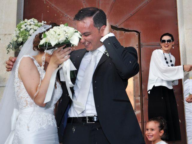Il matrimonio di Enzo e Maria Grazia a Pisticci, Matera 11