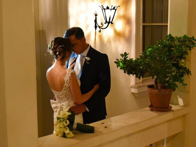 Il matrimonio di Enzo e Maria Grazia a Pisticci, Matera 19