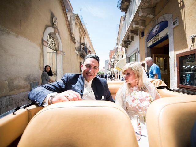Il matrimonio di Lorenzo e Eva a Taormina, Messina 19