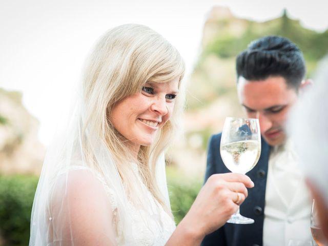Il matrimonio di Lorenzo e Eva a Taormina, Messina 30