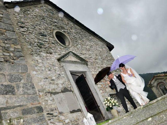 Il matrimonio di Valerio e Claudia a Lasnigo, Como 20