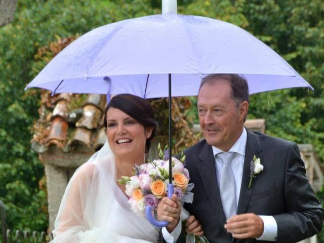 Il matrimonio di Valerio e Claudia a Lasnigo, Como 21