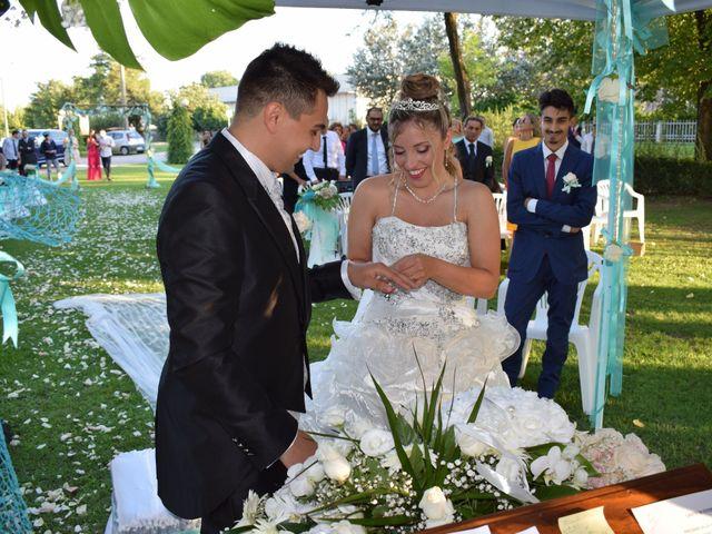 Il matrimonio di Ester e Salvatore a Gombito, Cremona 9
