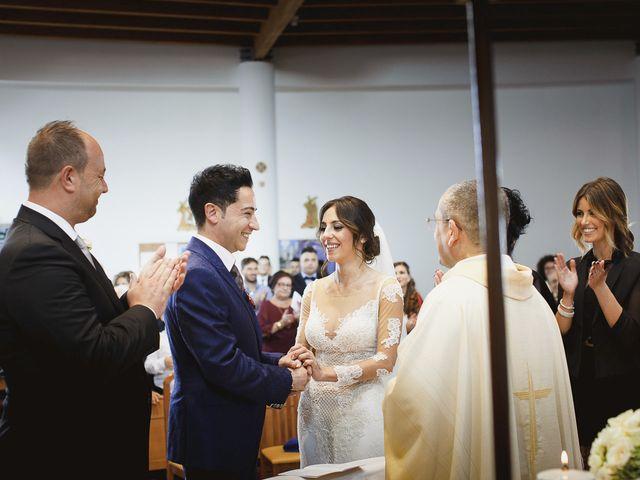 Il matrimonio di Gianni e Cinzia a Vittoria, Ragusa 32