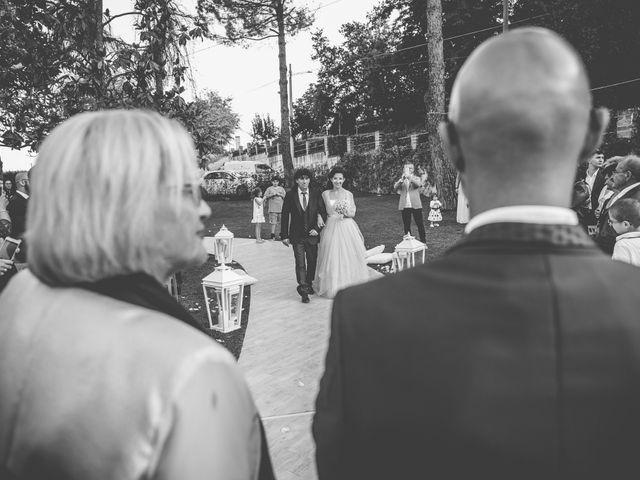 Il matrimonio di Luca e Jessica a Miglianico, Chieti 25