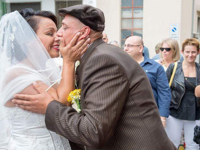 Il matrimonio di Andrea e Leila a Oleggio, Novara 15