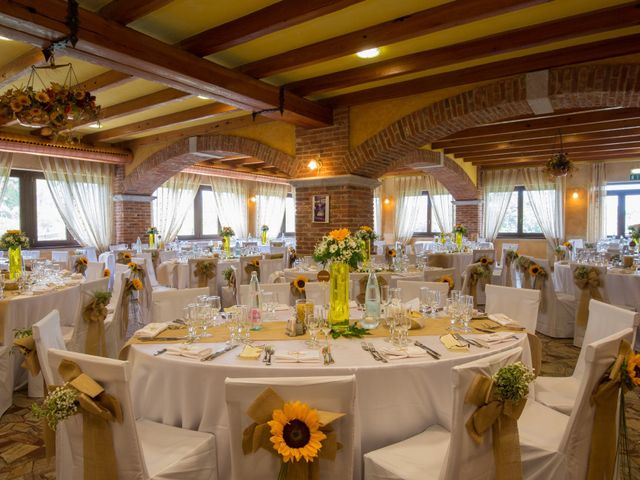 Il matrimonio di Andrea e Leila a Oleggio, Novara 20