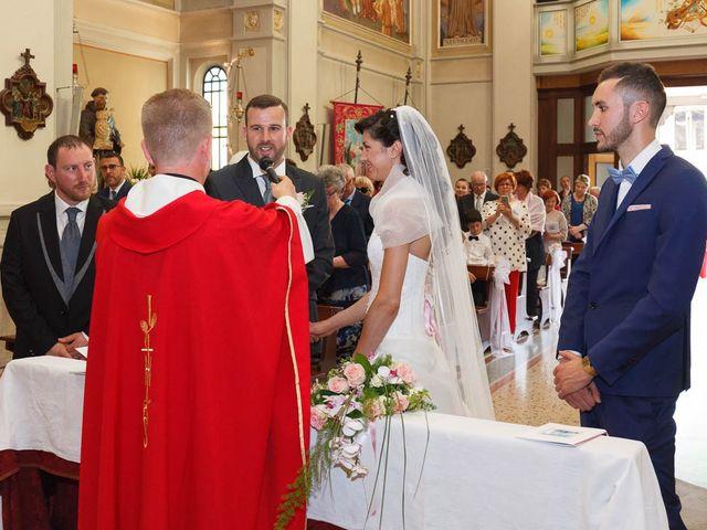 Il matrimonio di Alessio e Sonia a Camino al Tagliamento, Udine 15