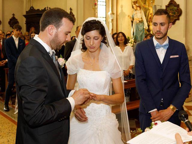 Il matrimonio di Alessio e Sonia a Camino al Tagliamento, Udine 16