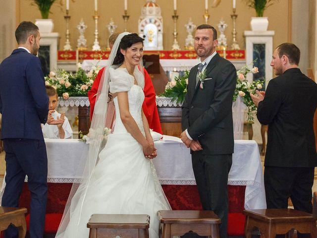 Il matrimonio di Alessio e Sonia a Camino al Tagliamento, Udine 17