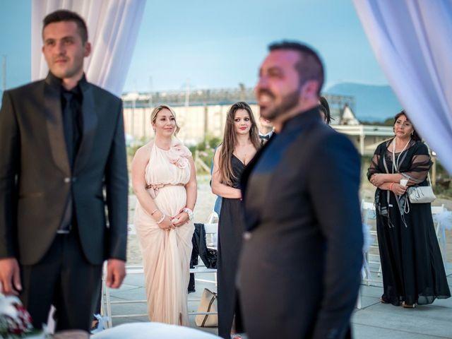 Il matrimonio di Fabrizio e Sergio a Viareggio, Lucca 37