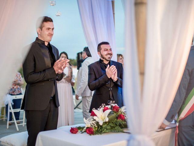 Il matrimonio di Fabrizio e Sergio a Viareggio, Lucca 51