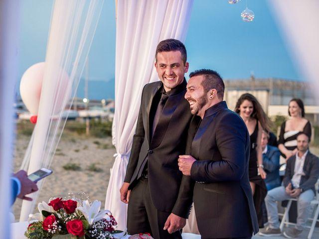 Il matrimonio di Fabrizio e Sergio a Viareggio, Lucca 55
