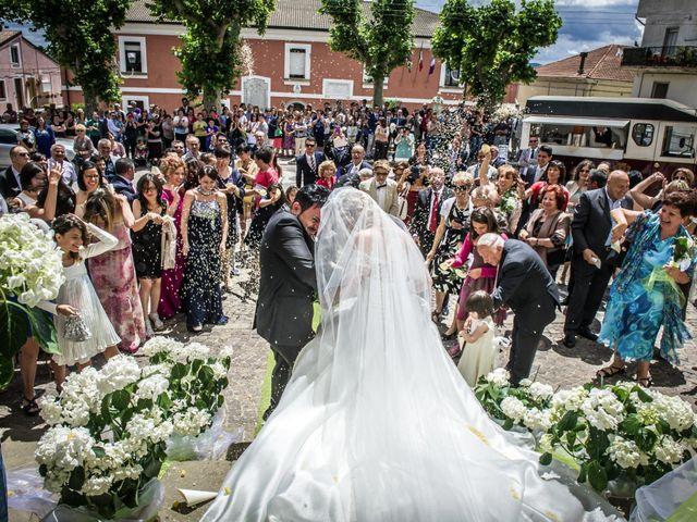 Il matrimonio di Giovanni e Carmen a Campomaggiore, Potenza 9