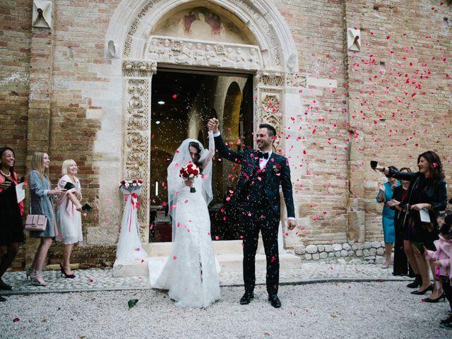 Il matrimonio di Maurizio e Agnieska a Città Sant'Angelo, Pescara 24