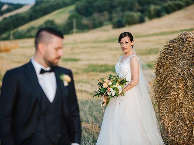 Il matrimonio di Gabriele e Erika a Città Sant'Angelo, Pescara 18