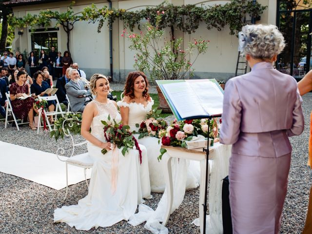 Il matrimonio di Mara e Alice a Rovellasca, Como 40